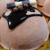 Mousse de turrón con chocolate crujiente